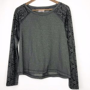 CALIA by Carrie Underwood Black/Gray Top - Large